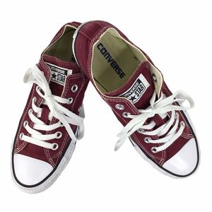 Chuck Taylor Converse Low Top Sneaker